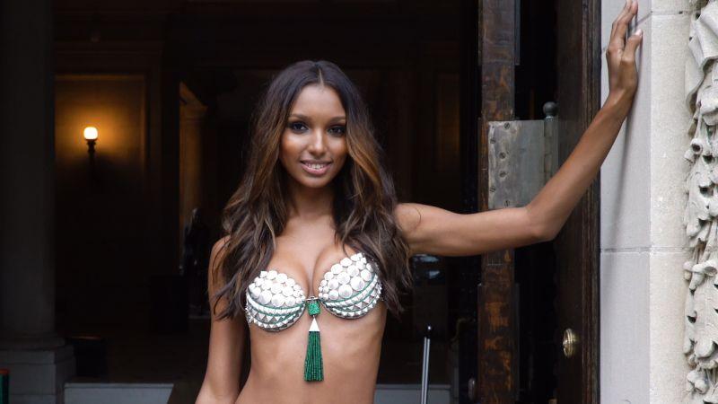 e3bd21f0d3 Victoria s Secret Releases Unretouched Photos of Jasmine Tookes - Allure