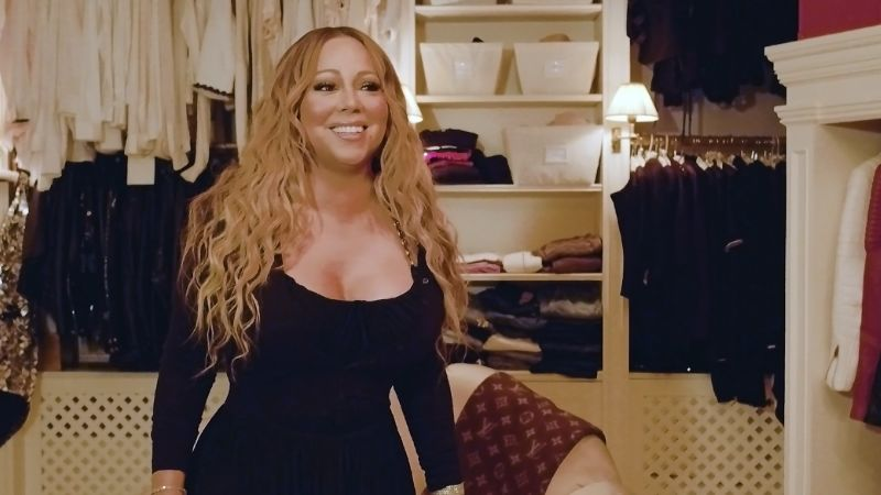 Watch Mariah Carey The Diva Takes Us Inside Her Closet