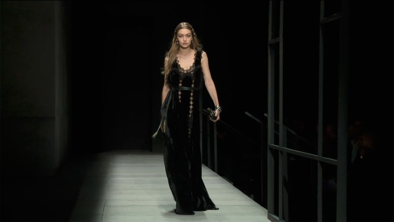 abb08210d54d Bottega Veneta Fall 2018 Ready-to-Wear Collection - Vogue