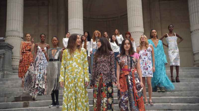 22738d46353 Spring 2019 Ready-to-Wear Fashion shows - Vogue