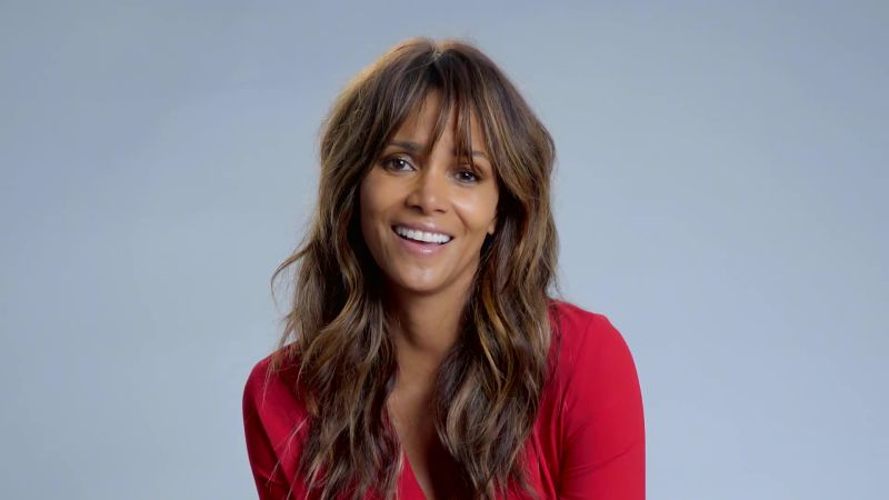Halle Berry Discusses What It Was Like to Be Malia Obama's Boss | W Magazine
