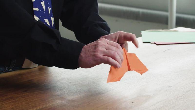 Build a Paper Airplane Launcher - Scientific American | 450x800
